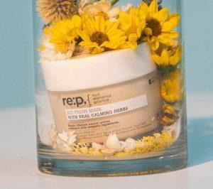 Mặt nạ đất sét RE:P Bio Fresh Mask With Real Calming Herbs ( Nguồn: internet)